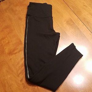 Lysse black high waisted leggings zippered